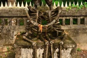 Пара скелетов в Таиланде