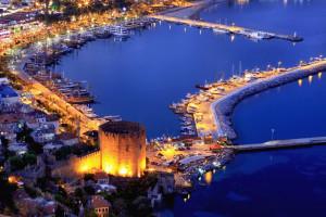 Крепость Аланьи ночью