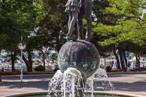 «Застывший миг», другое название фонтана