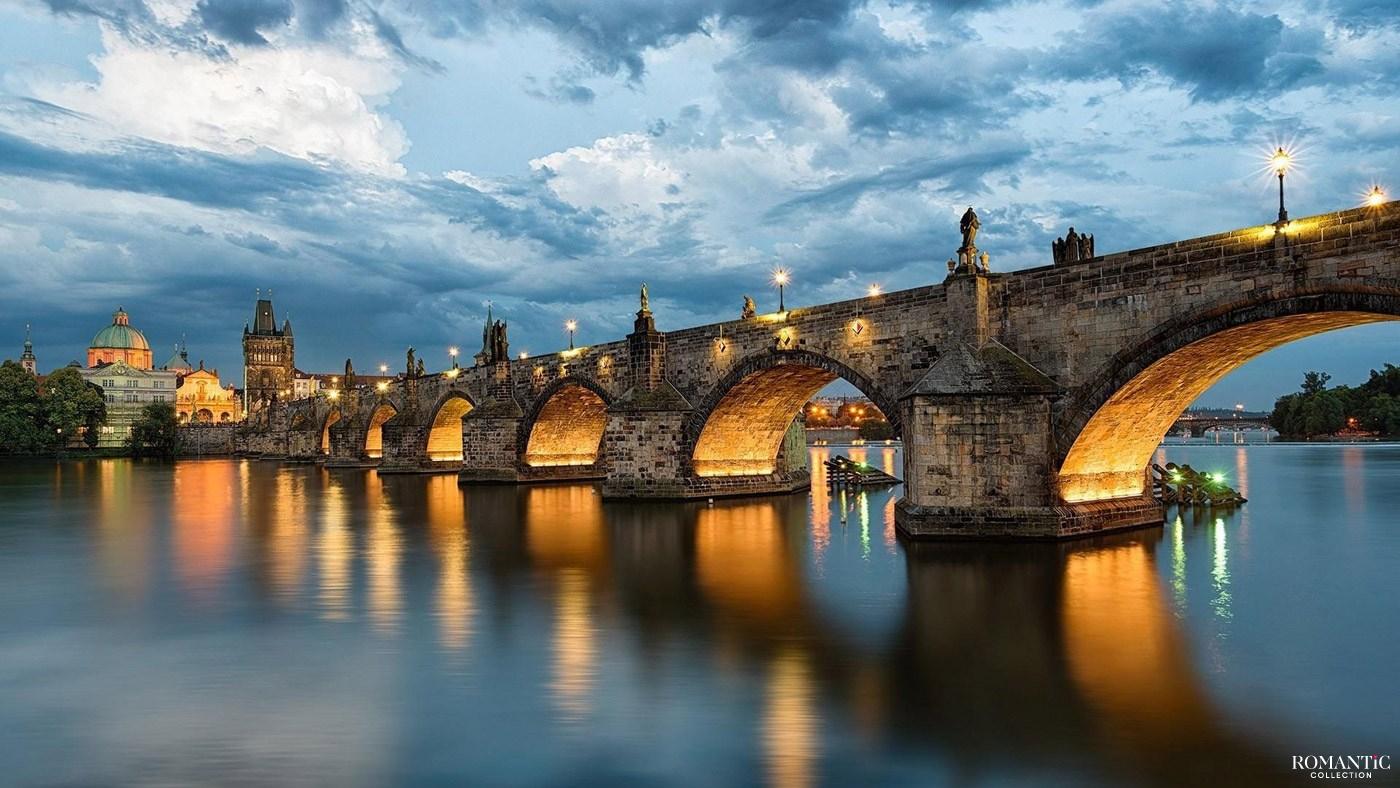 Вечерний Карлов мост