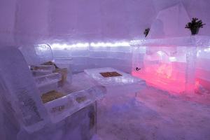 Ледяной отель «Balea» в Румынии