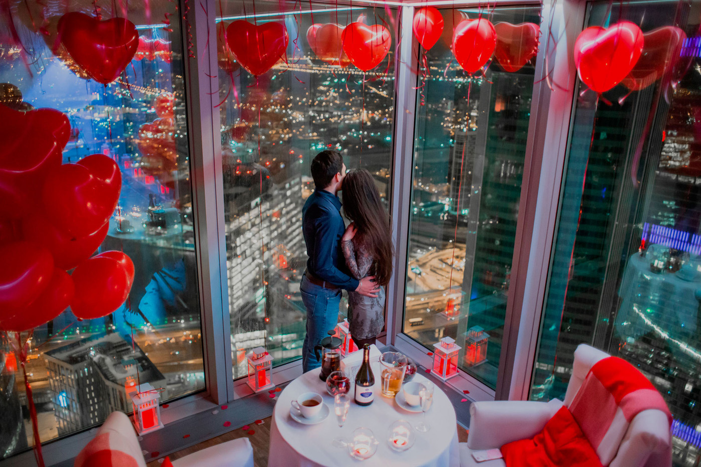 Влюбленные на 60 этаже Москва-Сити