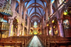Собор Парижской Богоматери изнутри