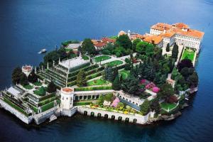 Остров Изола-Белла в Италии