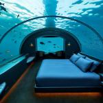 Номер в подводном отеле на Мальдивах