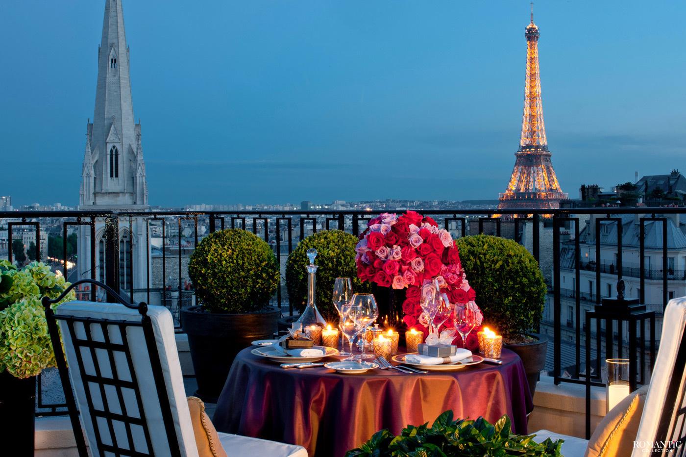 Романтический ужин в Париже