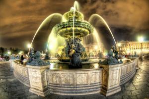 Фонтаны на Площади Согласия. Париж, Франция