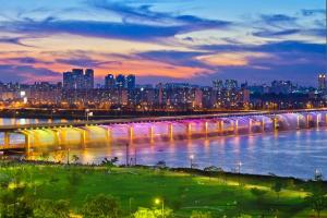 Фонтан радуги. Сеул, Южная Корея