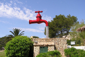 Фонтан Кран. Менорка, Испания