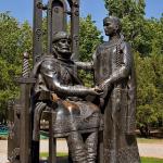 Памятник Петра и Февронии Муромских в Ейске