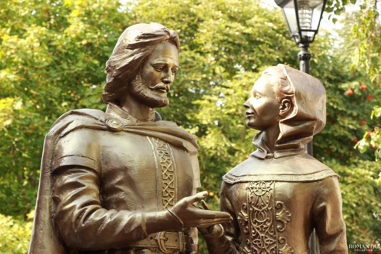 Памятник Петра и Февронии Муромских в Балашове