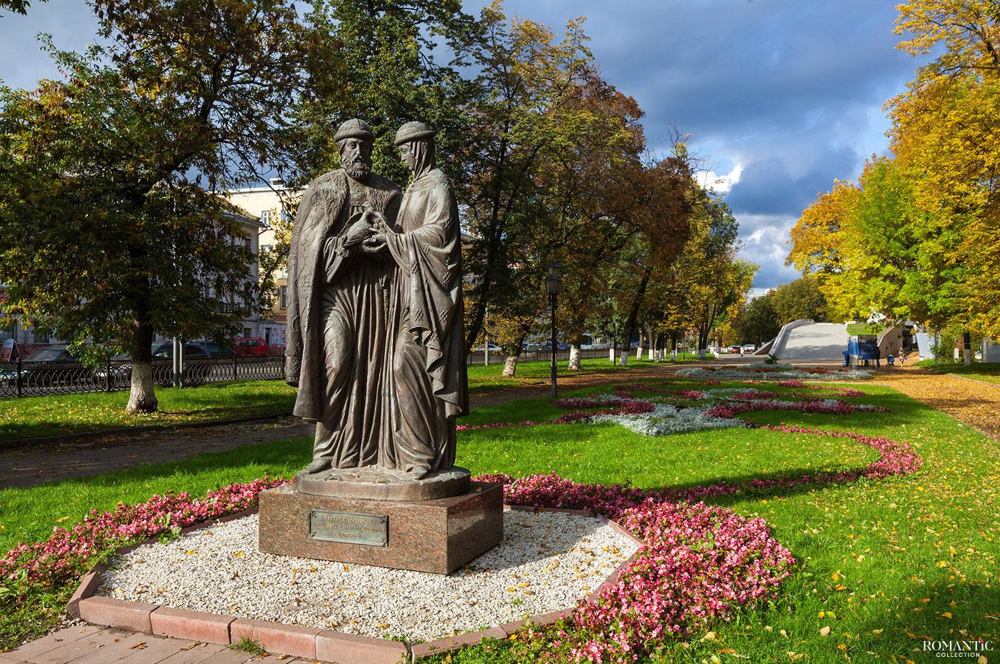 Памятник в Ярославле