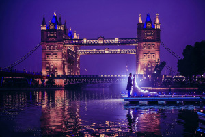 Свадьба в Лондоне, Тауэрский мост