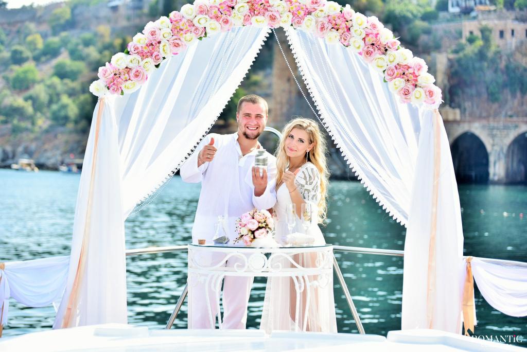 Свадьба на яхте в Турции