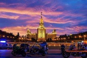 Воробьевы горы, здание МГУ им. Ломоносова